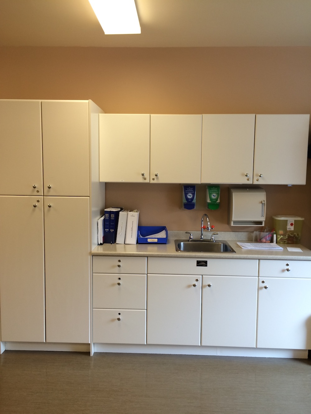 Post Anaesthetic Cupboards