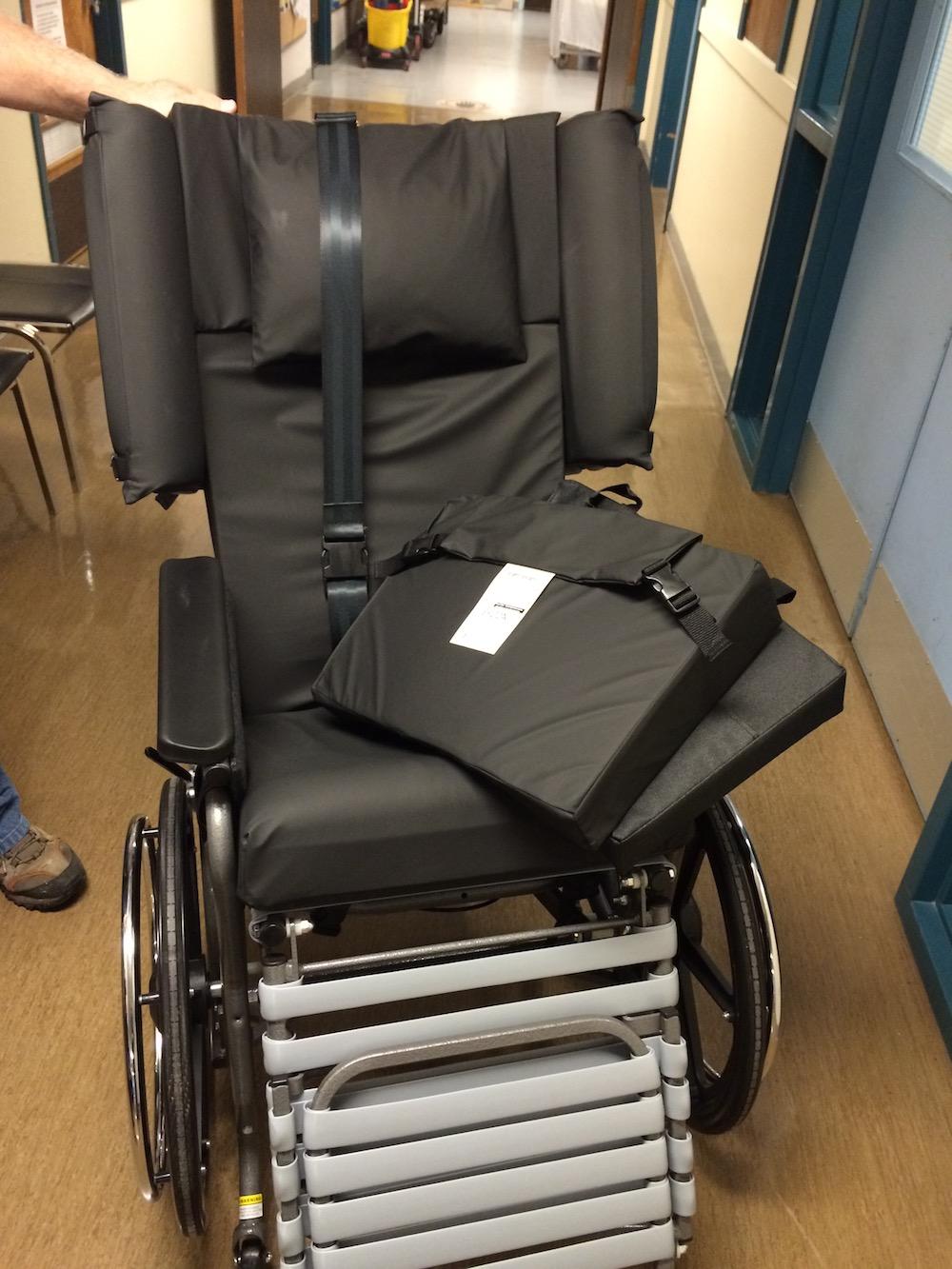 Tour - 3rd Floor Broda Chair